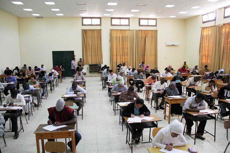 طلبة كلية الدعوة الإسلامية 2